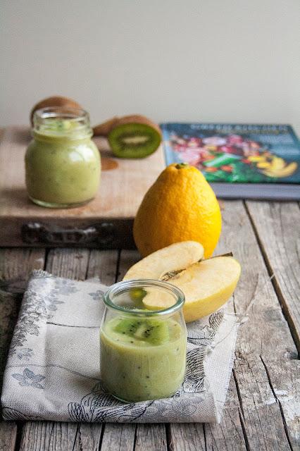 Smoothie kiwi, mela e limone