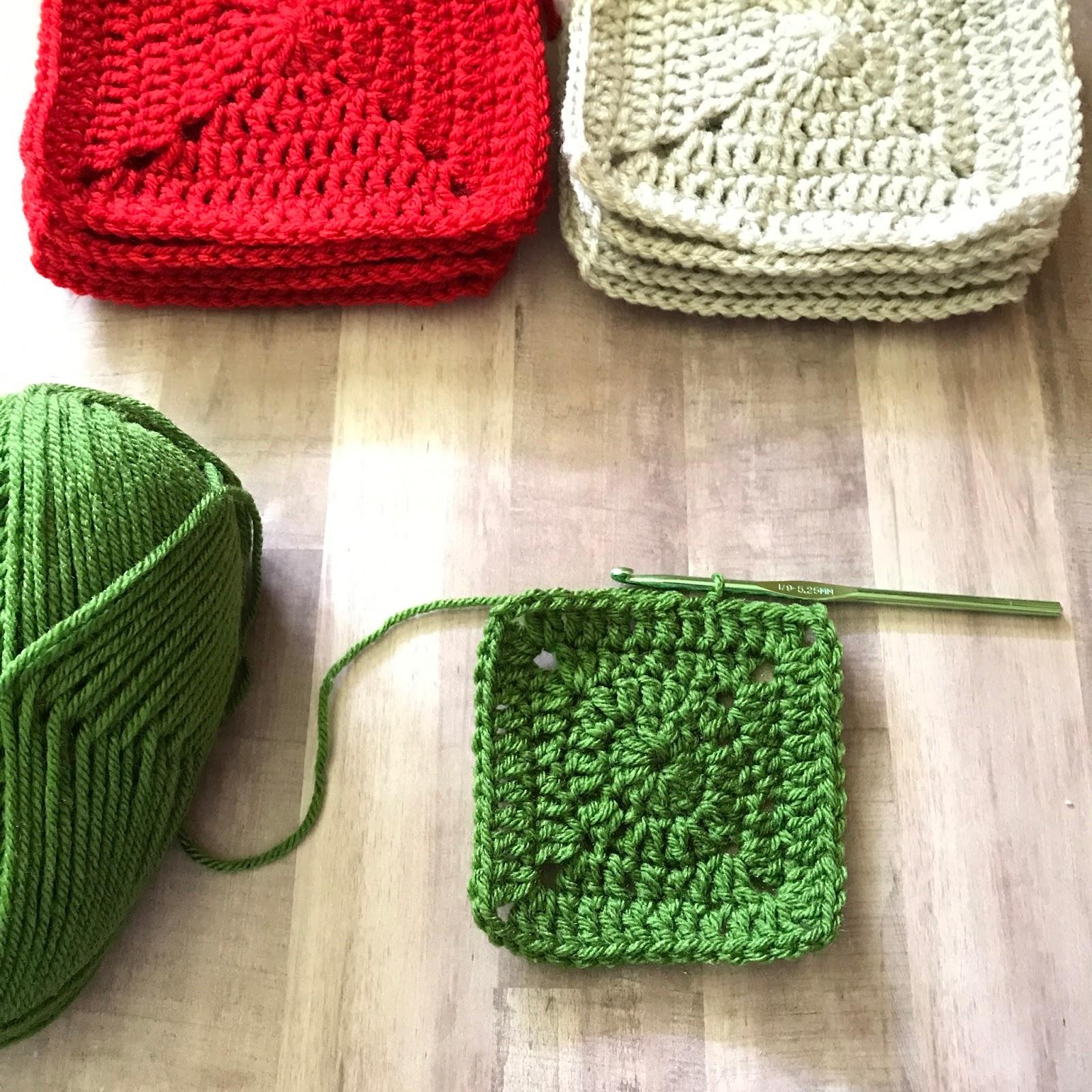 Christmas Crochet Along Announcement - Maria\'s Blue Crayon