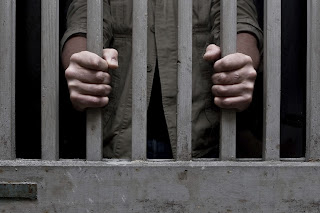 Eleitores não podem ser presos salvo em flagrante ou para cumprimento de sentença criminal a partir desta terça