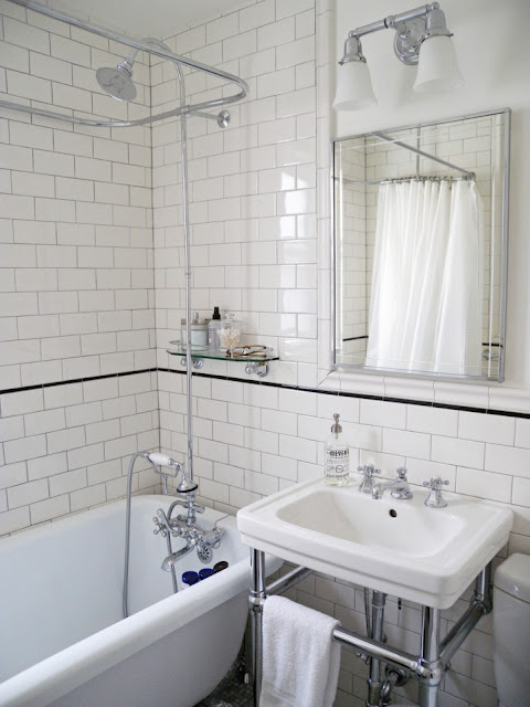 This Brooklyn Bathroom Went From An Outdated 50s Blue Bath To A Gorgeous  Vintage Modern Design. The White Subway Tiles Are Accented By Thin, Black  Pencil ...
