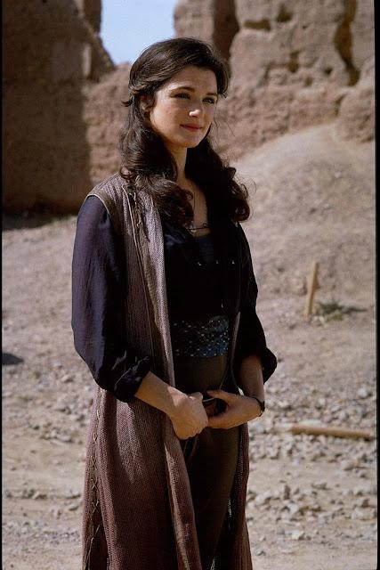 Rachel Wesiz como Evelyn em A múmia figurino, costumes