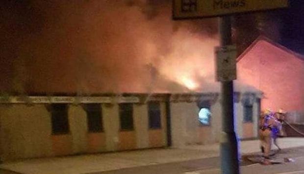 Masjid Manchester Terbakar, Diduga Sengaja Diserang