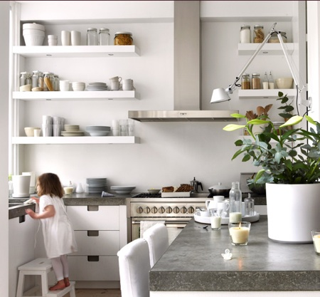 Natural modern interiors open kitchen shelves ideas for Shelving in kitchen