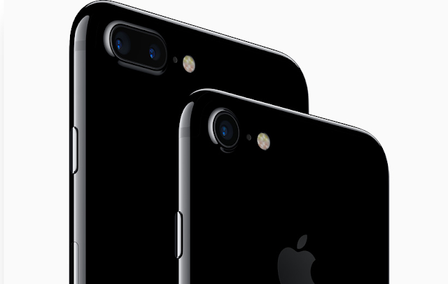 Here's the price list of new iPhone 7 and iPhone Plus. Price of the new iPhone 7 starts at $649, as usual, but the iPhone 7 Plus gets little higher starting at price of $769. Both iPhones comes in three storage options 32GB, 128GB and 256GB.