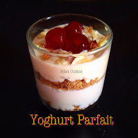 Yogurt Granola Parfait / Strawberry Mango Peach Yogurt Parfait
