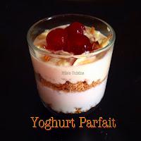 Yogurt Granola Parfait / Strawberry Mango Peach Yogurt Parfait