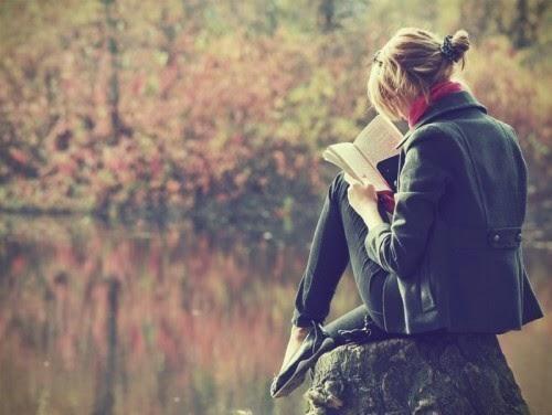 Có nên mang theo sách đọc khi đi du lịch?