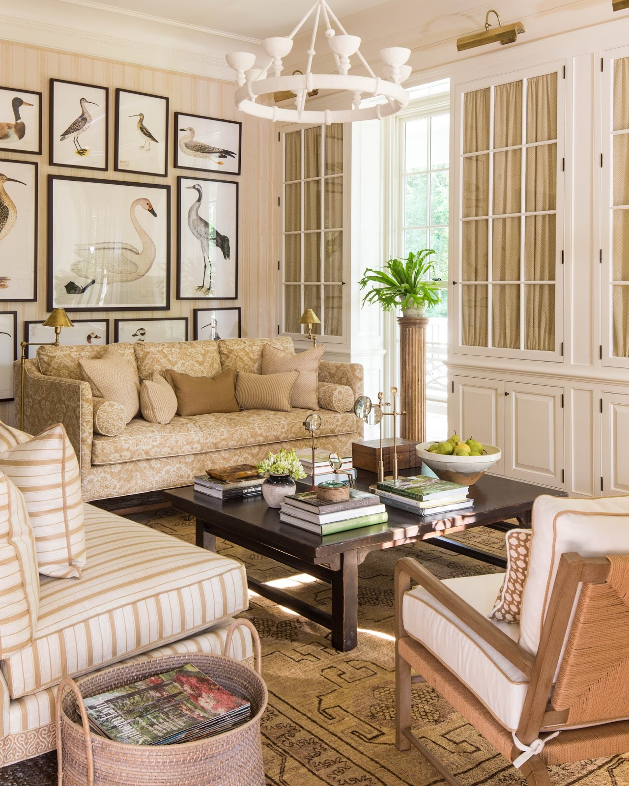 southern living rooms color outside the lines inspired by d sikes and the 10510
