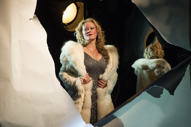Ilona Domnich as Stella - Offenbach's The Tales of Hoffmann, English Touring Opera, © Richard Hubert Smith