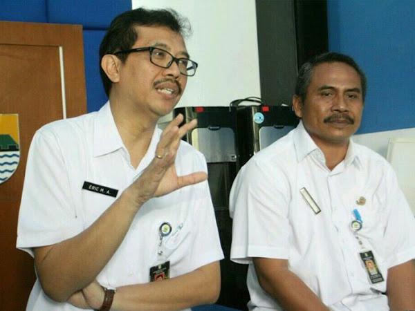Kepala Dinas Perdagangan dan Perindustrian Kota Bandung Erik M. Attaurik