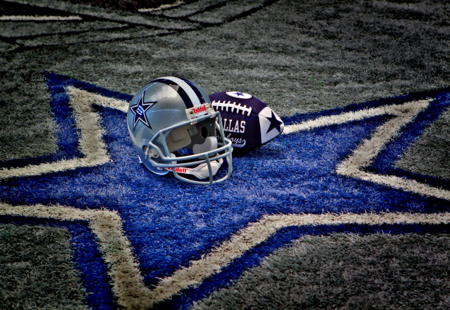 Dallas Cowboys Team Grey Helmet Wallpaper Wallpapers Mhytic