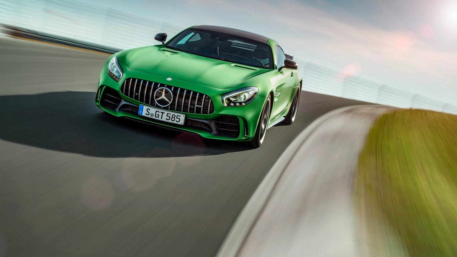 Mercedes-AMGGT-R-12
