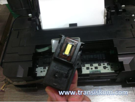 Cara Mengatasi Printer Canon Ip2770 Narik Kertas Terus Transiskom Com