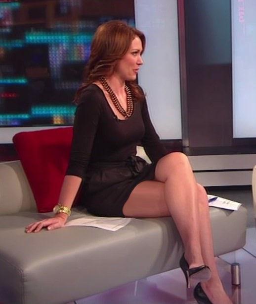 Brooke Baldwin Legs On CNN