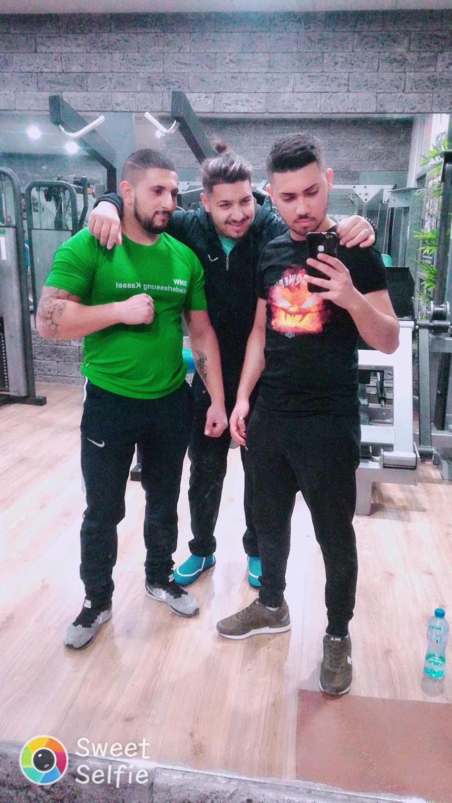 Young hot gypsy men at the gym - Hot Gypsy Men and Boys ...