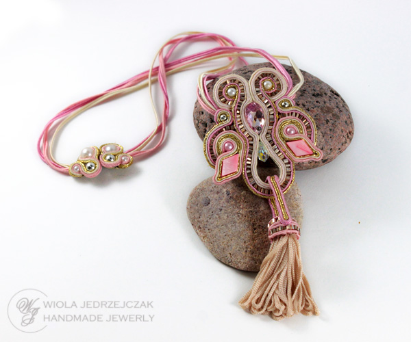 Handcraft jewelry. Stylish and luxury jewelry.  beautiful pink soutache necklace, swarovski, tassel