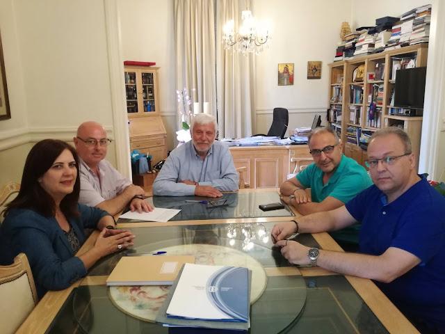 Με ενδιαφέροντα θέματα η συνάντηση του Εμπορικού Συλλόγου Ναυπλίου με τον Περιφερειάρχη Πελοποννήσου