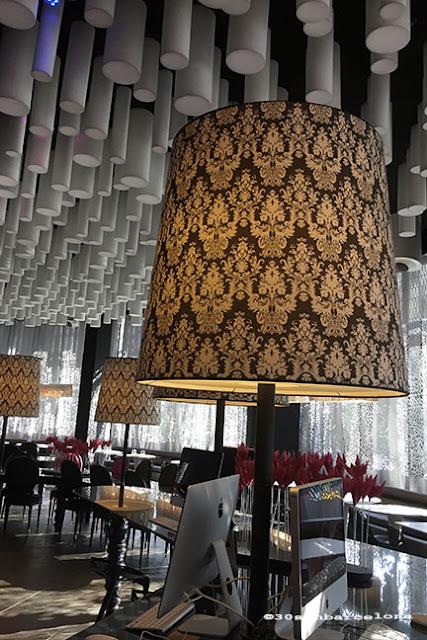 Barceló Raval Hotel Hall's interior design