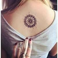 Tatuajes en la espalda para mujeres