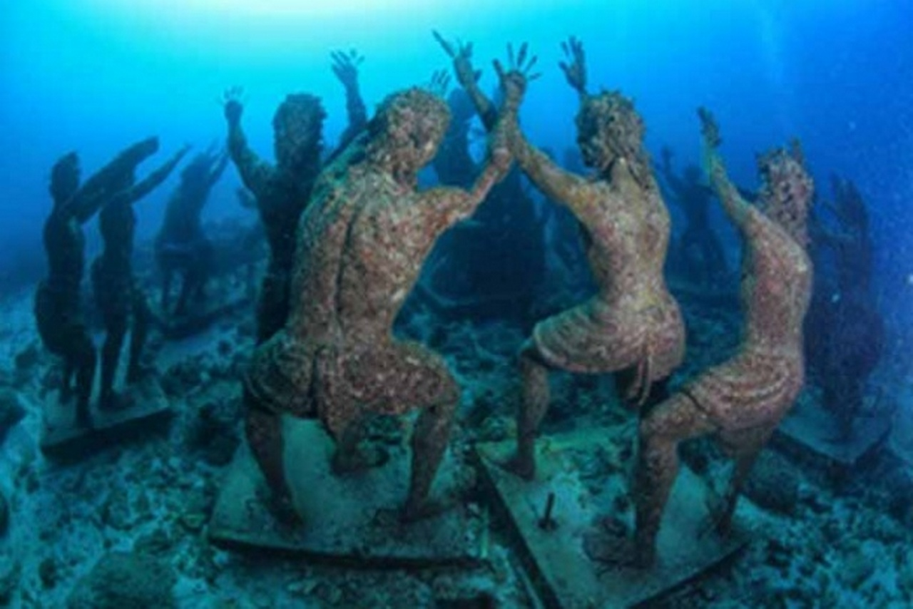 UNDERWATER_2.img_assist_custom-610x407 All 4 Diving Bali