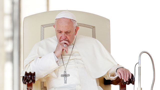 "Papa Francisco: ""Cuando rezo, a veces me quedo dormido"""