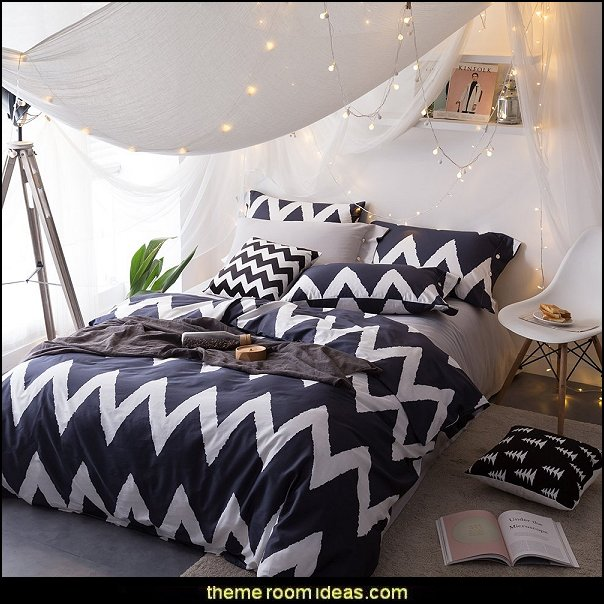 Black White Zigzag Striped Luxury Bedding Cover Sets Twin With 4 Corner Ties Lightweight Kids Duvet Cover Sets