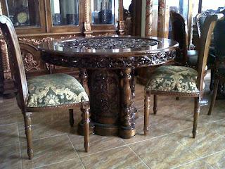 kursi makan salina meja bulat kaki tengah