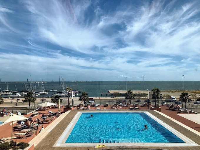 Un hotel frente a la ría, Real Marina Spa