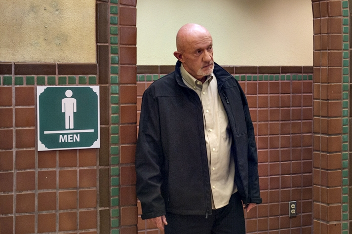 Jonathan Banks por Better Call Saul.