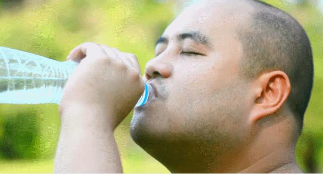 التخلص من والوزن الزائد عن طريق شرب الماء، الماء والتخلص من السمنة