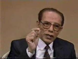 الدكتور مصطفي محمود