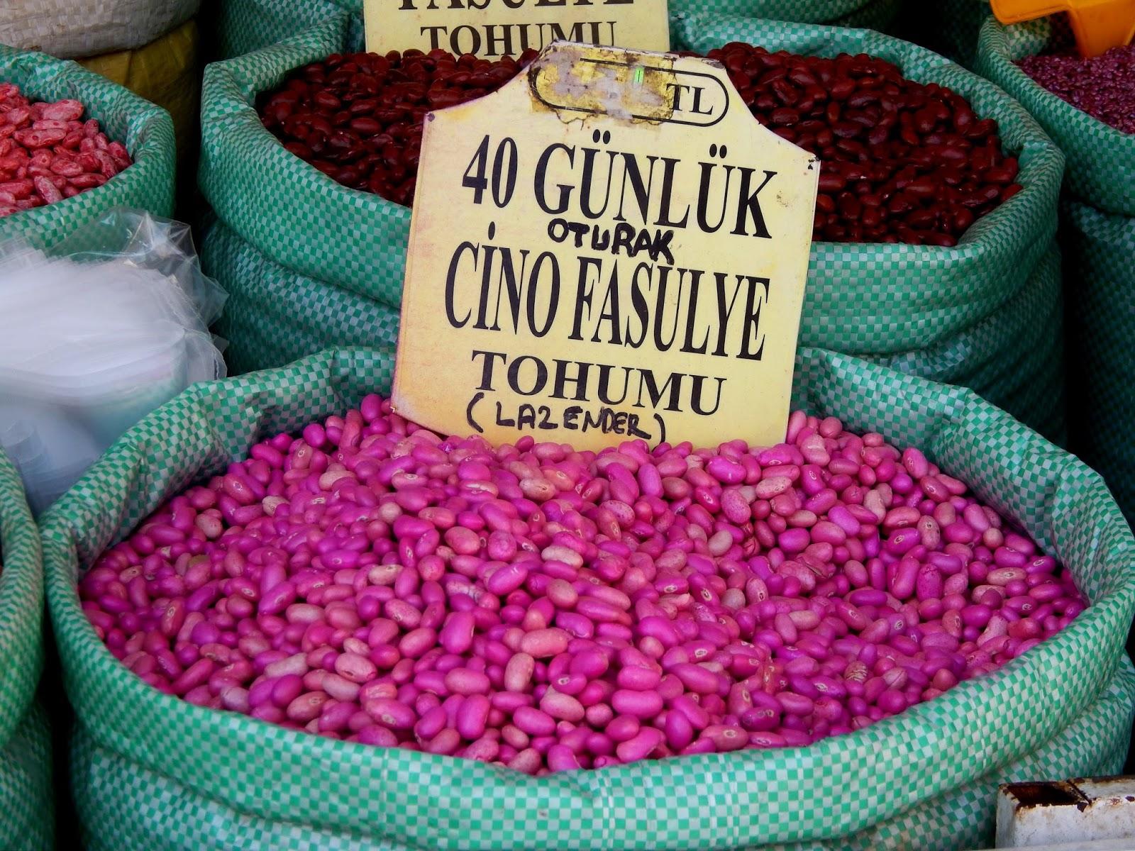 Trh s fazolemi v Istanbulu