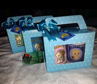 paket souvenir kelahiran handuk bordir + mug cetak