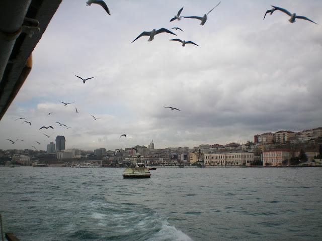 En un ferry por el Bósforo