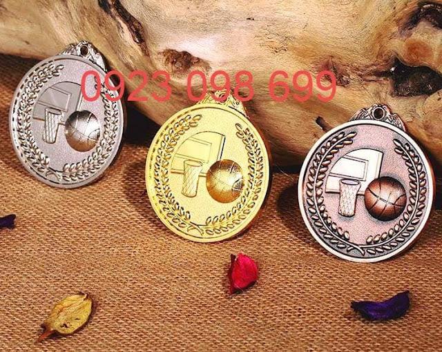 Huy chương, huy hiệu bằng đồng ăn mòn,Huy chương mạ vàng,Huy chương mạ bạc