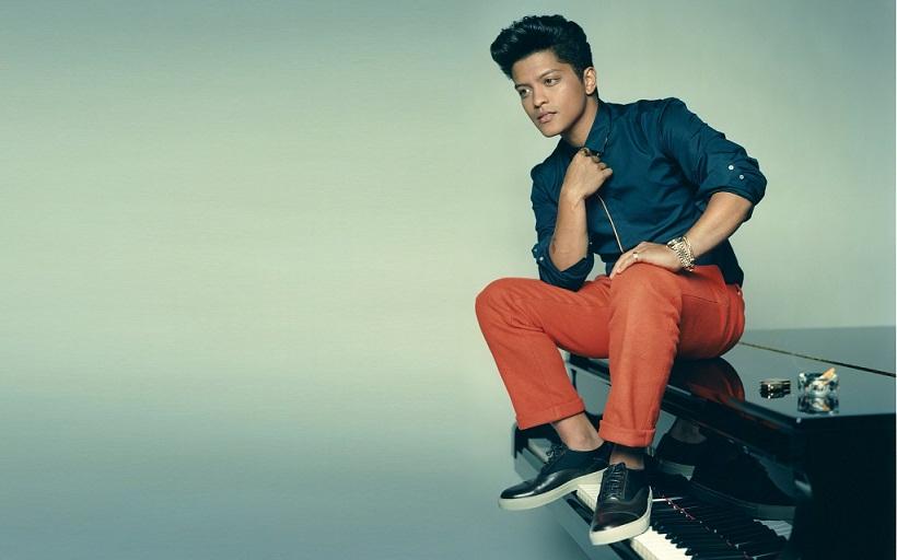 Daftar Album dan Judul Lagu Bruno Mars