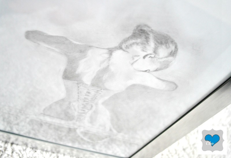 ołówkowy szkic kobiety