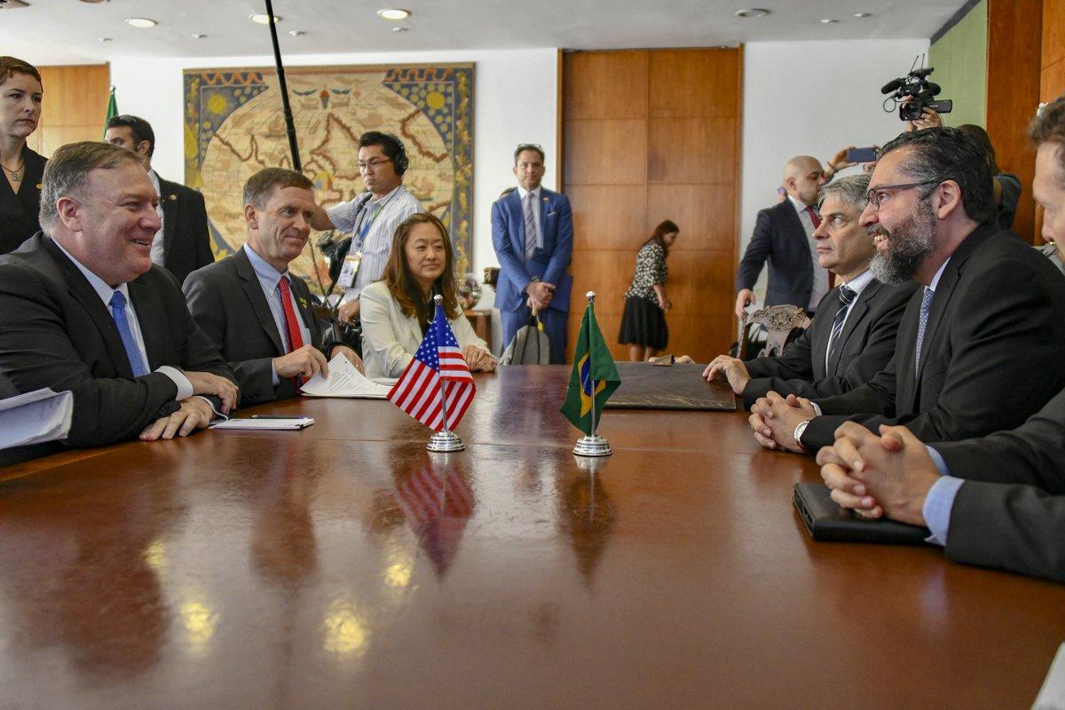Encuentro bilateral representado por Pompeo y Araujo / TWITTER