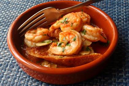 Spanish Garlic Shrimp (Gambas al Ajillo) – Top of the Tapas