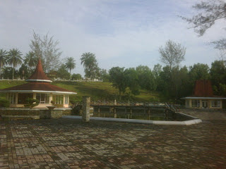 Wisata Pagoda Dabo Singkep
