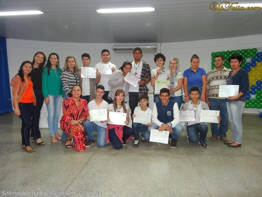 343c08f2e Solenidades na Escola Jovem G. Vilela de Ji-Paraná - VipFesta