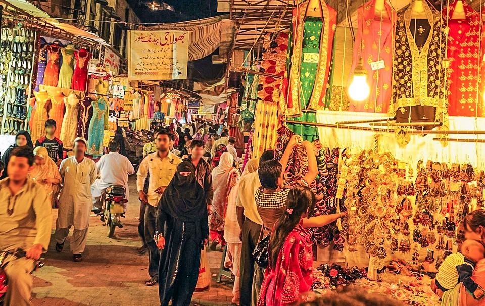 5 Best Wedding Shopping Markets in Lahore