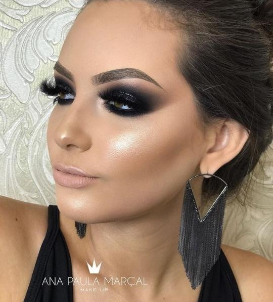 maquiagem de festa esfumado preto