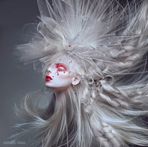 30-Natalie-Shau-Surreal-Photographs-and-Illustrations-www-designstack-co