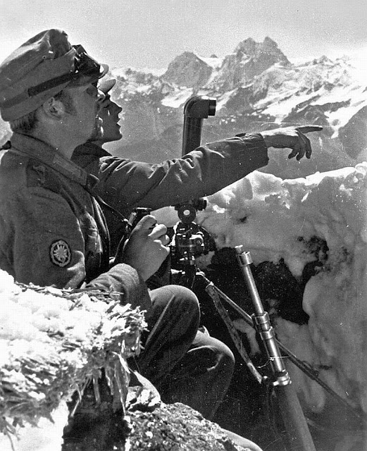 WW2-soldiers-Caucasus-point