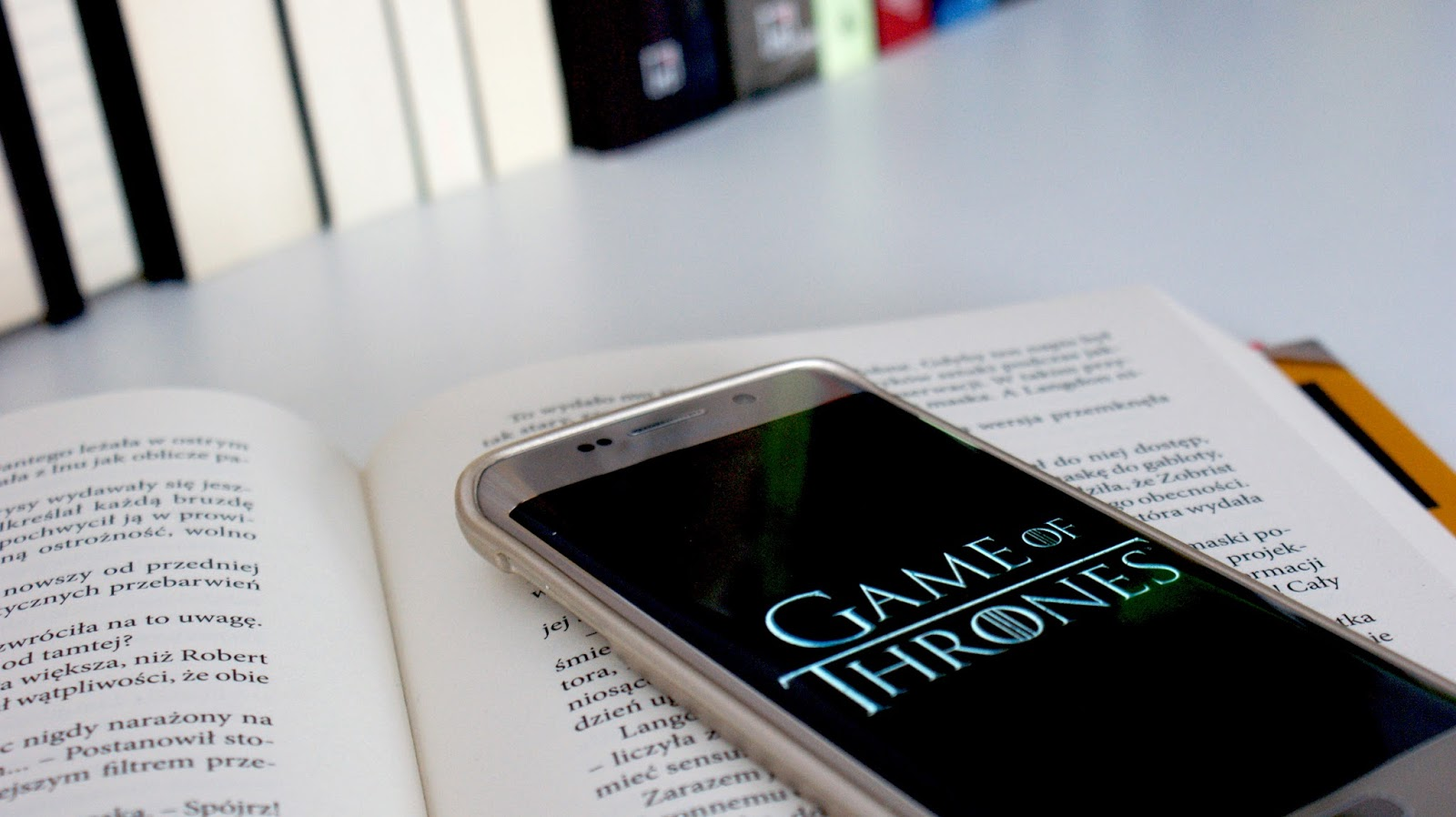 Gra o tron, Game od Thrones, fotografia, zasady oglądania, seriale, series, uzależnienie, telefon, Samsung, Samsung Galaxy S6 Edge