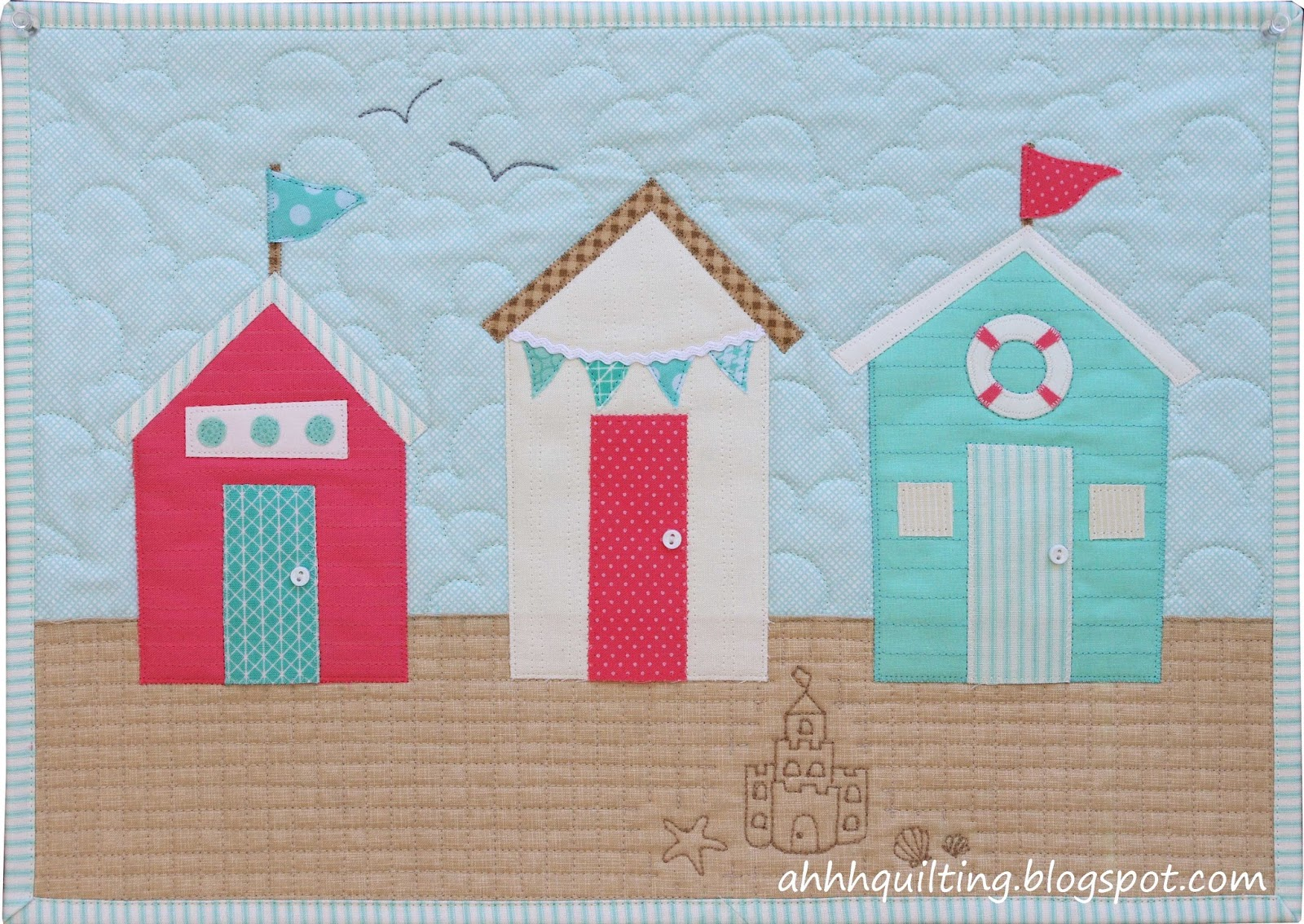 Ahhh...Quilting: Beach Huts Wall Hanging
