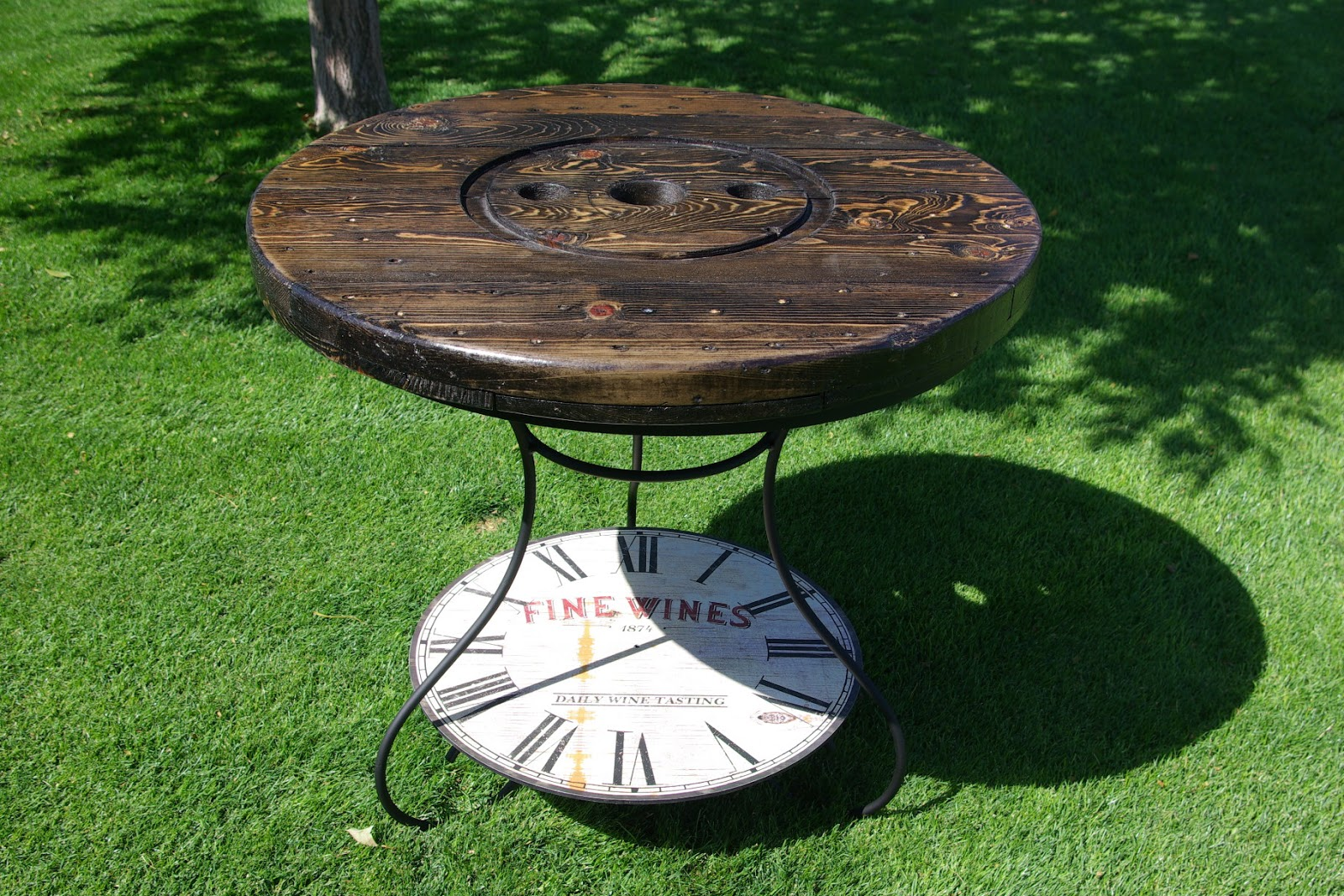 exciting cable spool kitchen table | Reclaimed Rustics: WIRE SPOOL KITCHEN/PATIO TABLE