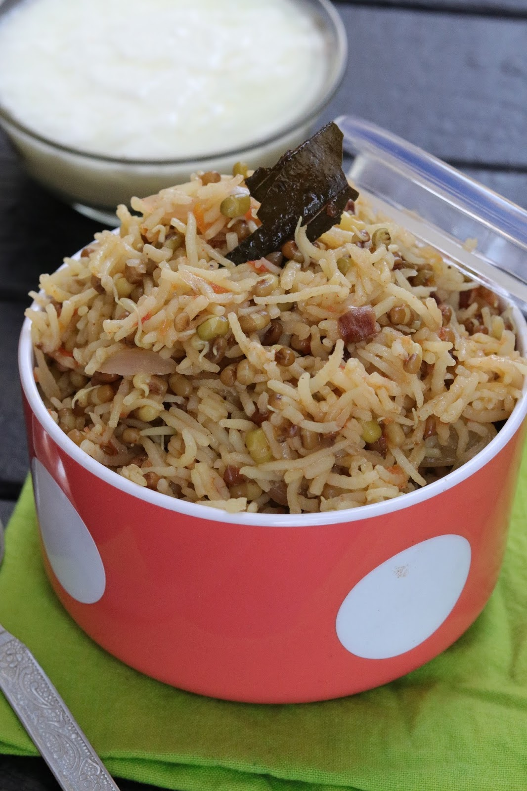Healthy sprouts pulao in rice cooker healthy kadai see how to make healthy sprouts pulao in rice cooker pulao is a one pot meal a perfect indian dish to serve a main course meal rice cooker recipes are forumfinder Choice Image