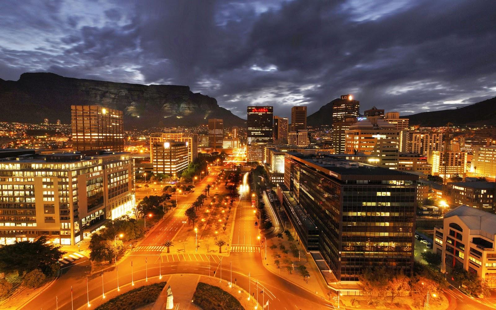 https://i0.wp.com/3.bp.blogspot.com/-uDTdW7ucJ6I/UhKrdhrnGjI/AAAAAAAAVxE/HBcfVJWLk58/s1600/Adderley-Street-Cape-Town-South-Africa.jpg?resize=1012%2C633